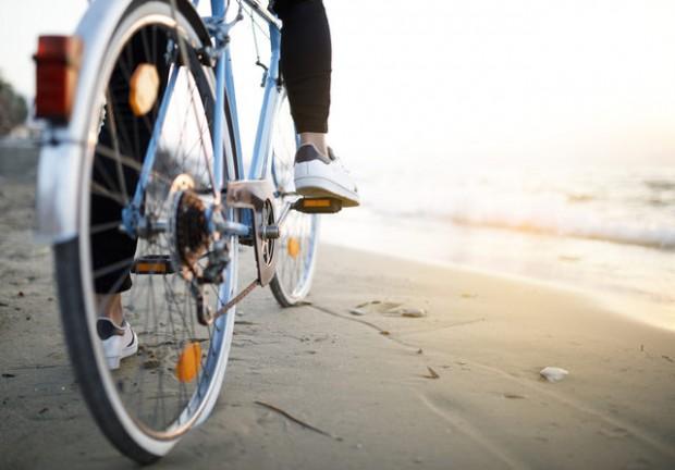 2- Bisiklet sürmek 30 dk: 400 kalori