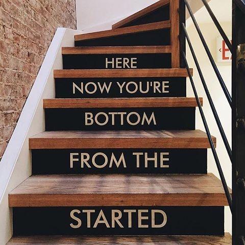 3. Asansör ve yürüyen merdiven kullanmadan sadece merdivenden çıkın!