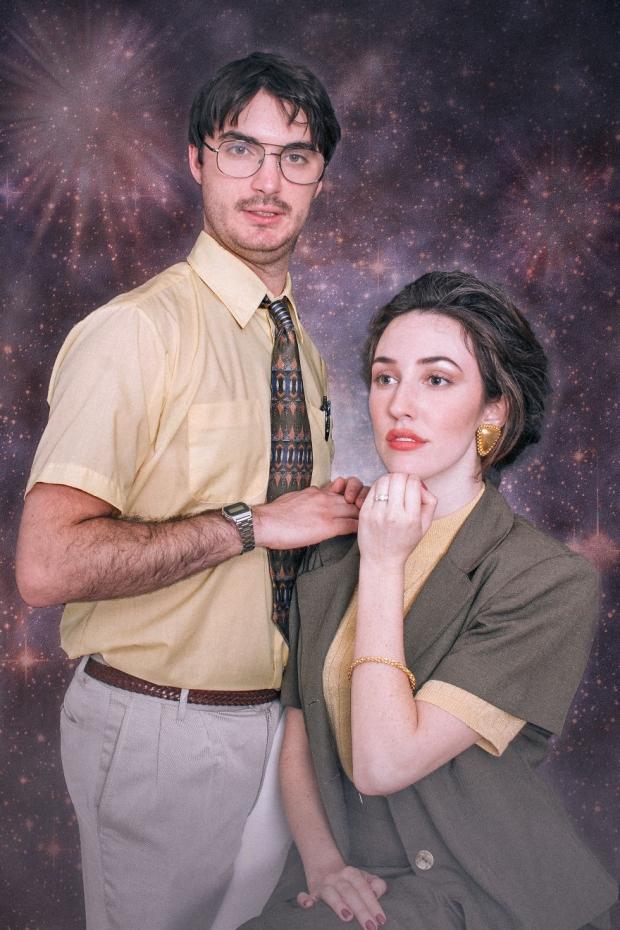 Düğün duyurularını yaparken aradıkları temalar tuhaf, komik ve yaratıcı idi.