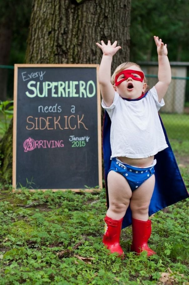 Her süper kahramanın bir yardımcısı vardır!