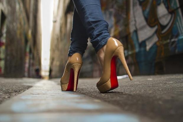 7. Size dengede durmayı ve yürümeyi öğretir